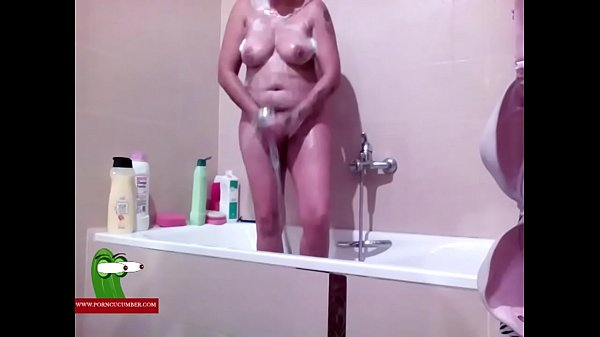 Shower fuck, Bathroom