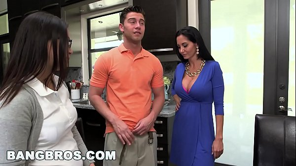 Ava addams, Step-mom, Mother lesbian, Lesbian milf