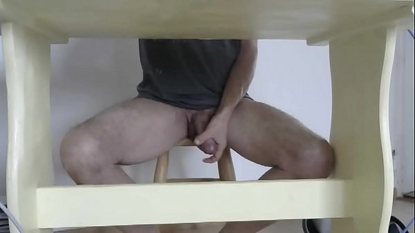 Under table, Table