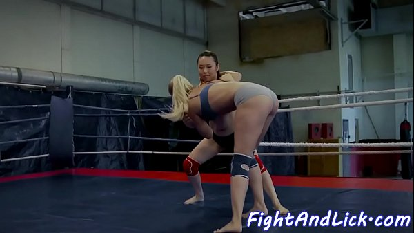 Strapon, Wrestling, Sexfight