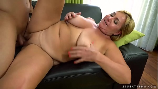 Mom fuck, Busty mature, Older young, Granny fucking, Fat mom, Fat mature