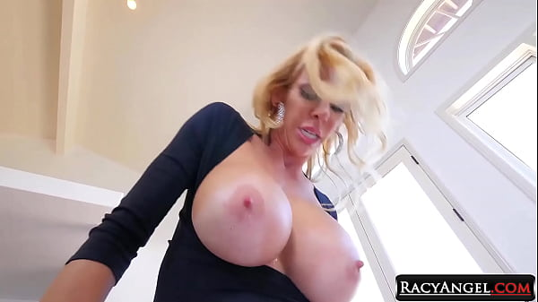 Alexis fawx, Cory chase, Alexis, Pussy lick, Mature blowjob
