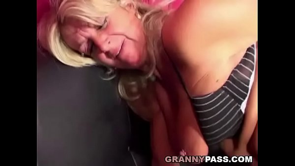 Young, Granny anal, Anal granny, Oldyoung, Gilf anal, Fucking machine