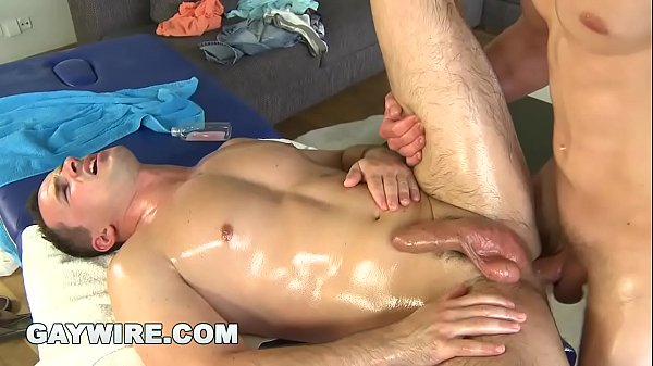 Gay daddy, Rubbing