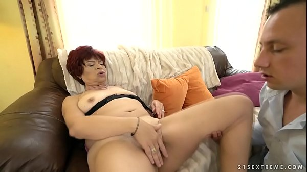 Saggy mature, Saggy tits, Older young, Hairy mom