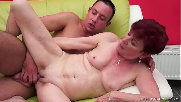 Saggy mature, Saggy tits, Older young, Mommy