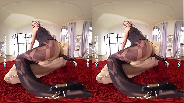 Pantyhose, Nikki, Dream