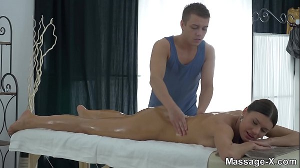 Table, Oil massage