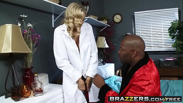Anne, Julia ann, Julia ann anal, Nurse, Julia ann mom, Stocking