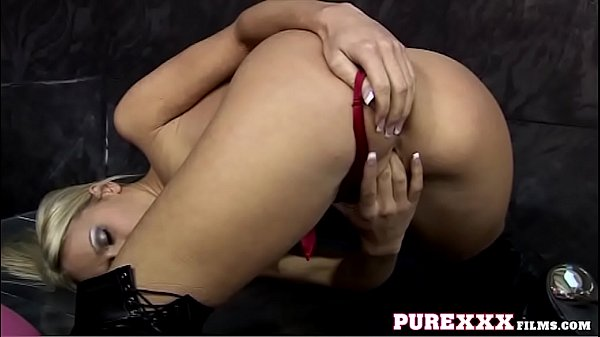 Striptease, Natural sex